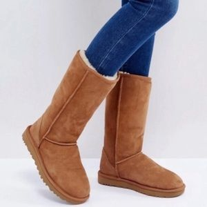🎄🎁UGG Chestnut Classic Shearling tall boots